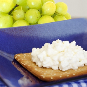 cracker-grapes-400x400