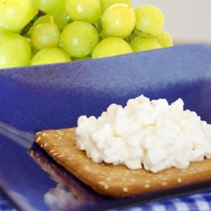 cracker-grapes-400x400